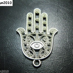 10Pcs-Vintage-Tibetan-Silver-Big-Hamsa-Hand-With-Evil-Eye-Charm-Pendant-Beads-281108154082