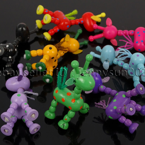 Colorful-Giraffe-Wood-Pendant-Charm-Beads-Toy-28mmx33mm-Lead-Free-Environmental-371632410539